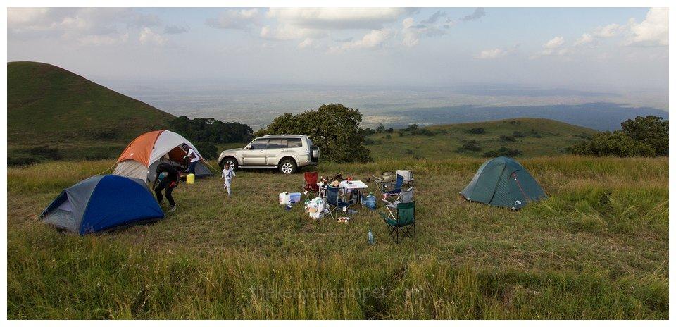 chyulu-hills-national-park-camping-kenya-12