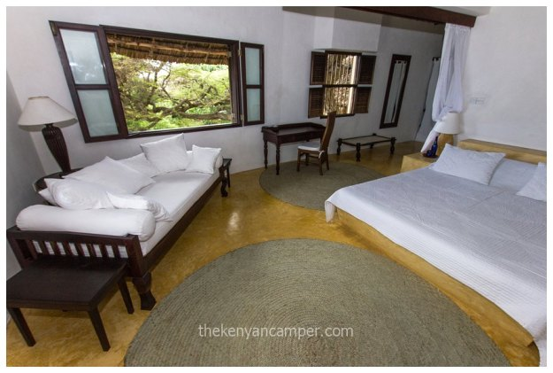beach-house-lamu-island-accommodation-kenya-3